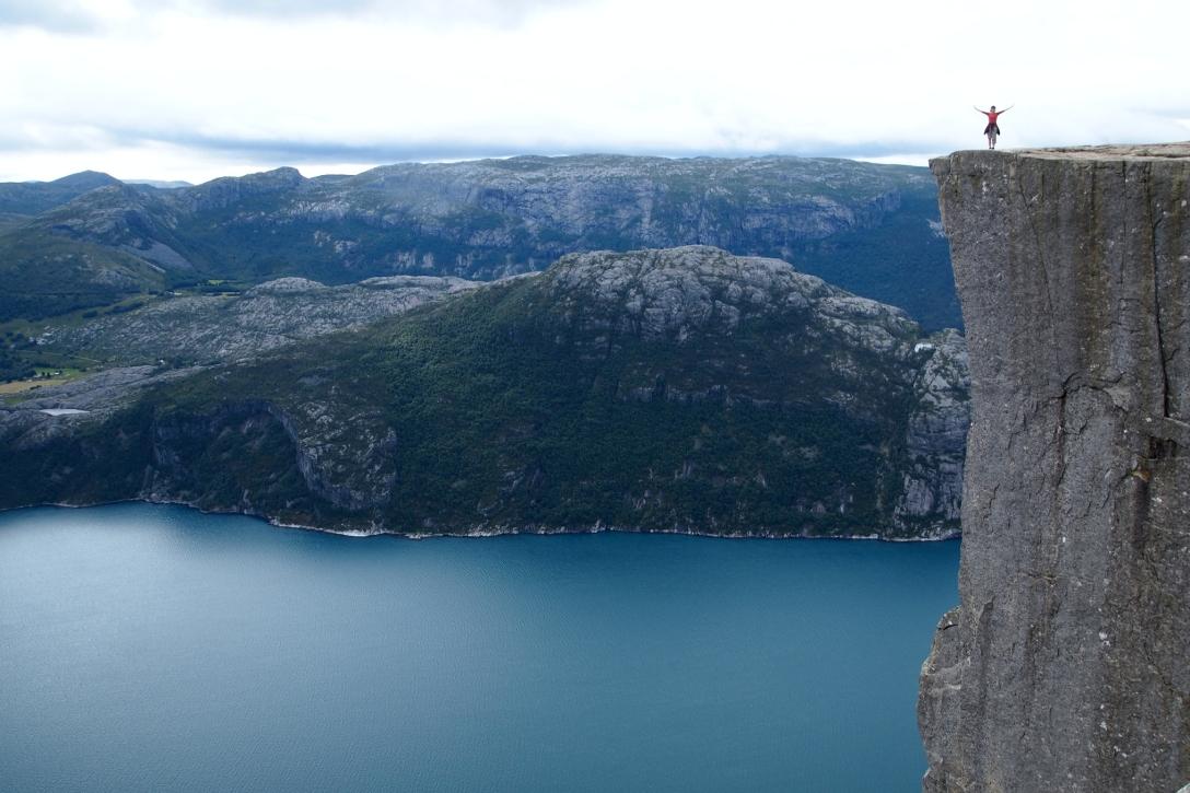 Der Preikestolen liegt 600 Meter über dem Lysefjord.